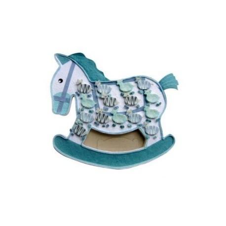 Exposants boxes à chevaux bleus + 15 zèbres.