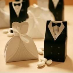 """Boîte cadeau """"Jeunes mariés"""""""