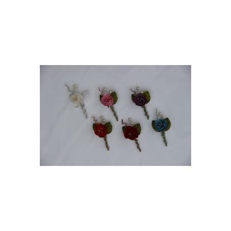 pique bouquet de fleurs